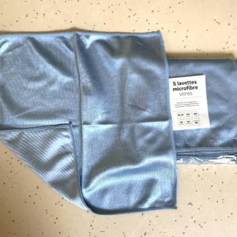 -----     Micro-Fibre spéciale vitre. www.elittis.com